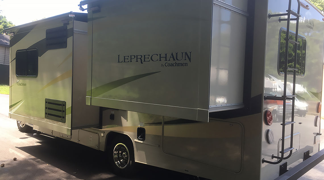 2019 Coachmen Leprechaun